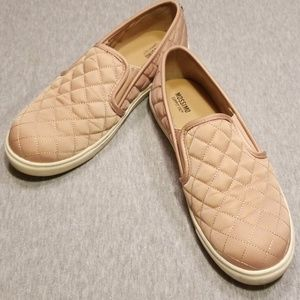 Size 7.5 Mossimo Reese Blush Quilted Slip-Ons